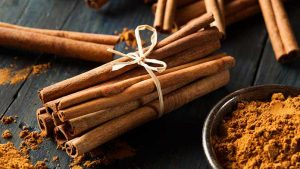 Cinnamon-Mask-for-pimples
