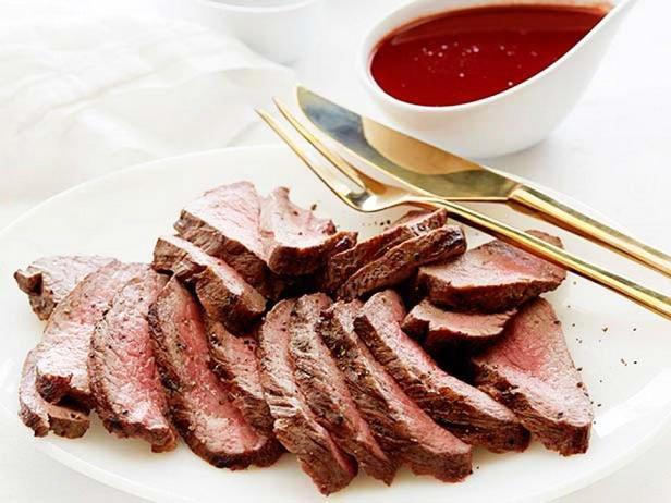 Flat Iron Steak With Red Wine Sauce