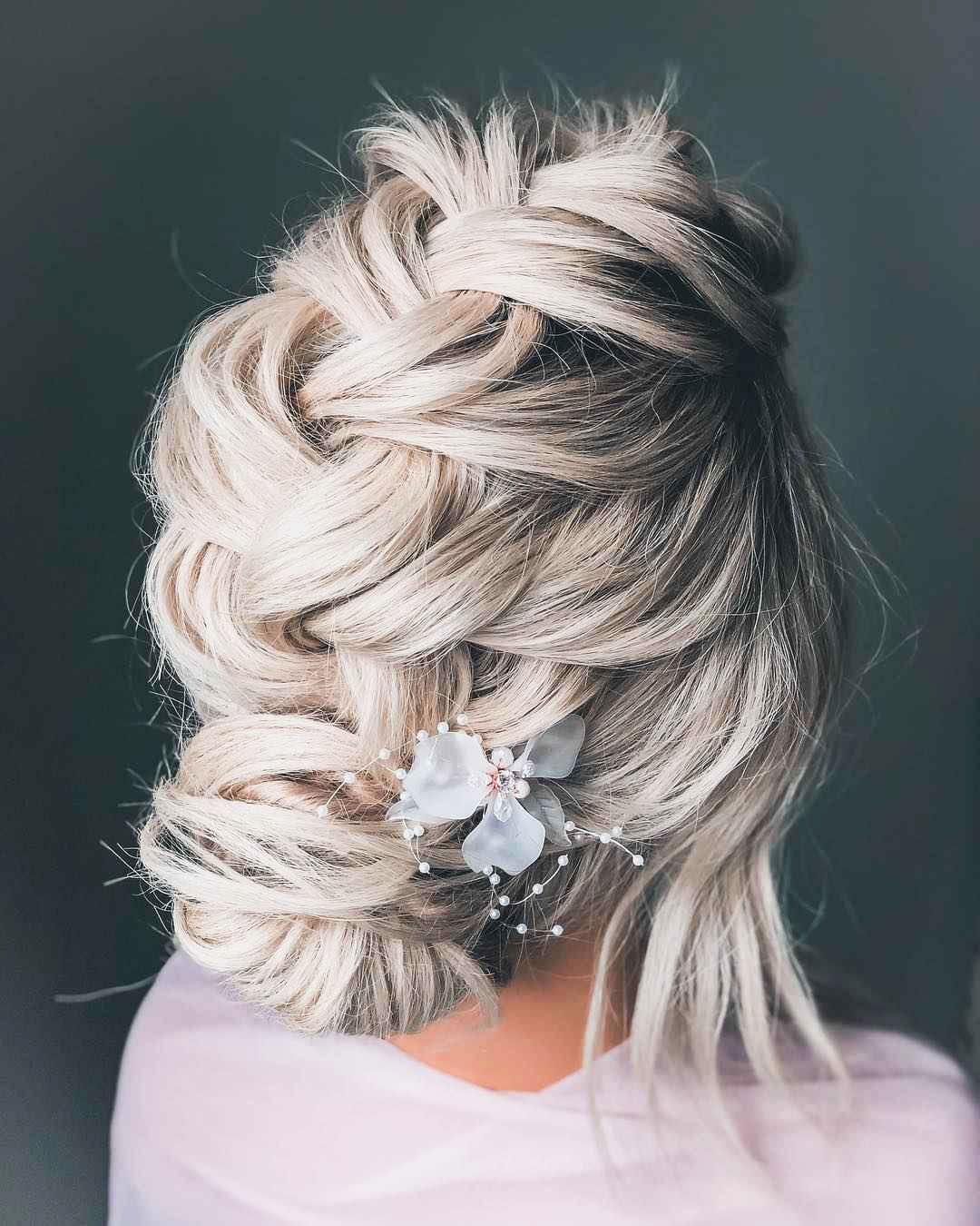 Hairstyles with small pins