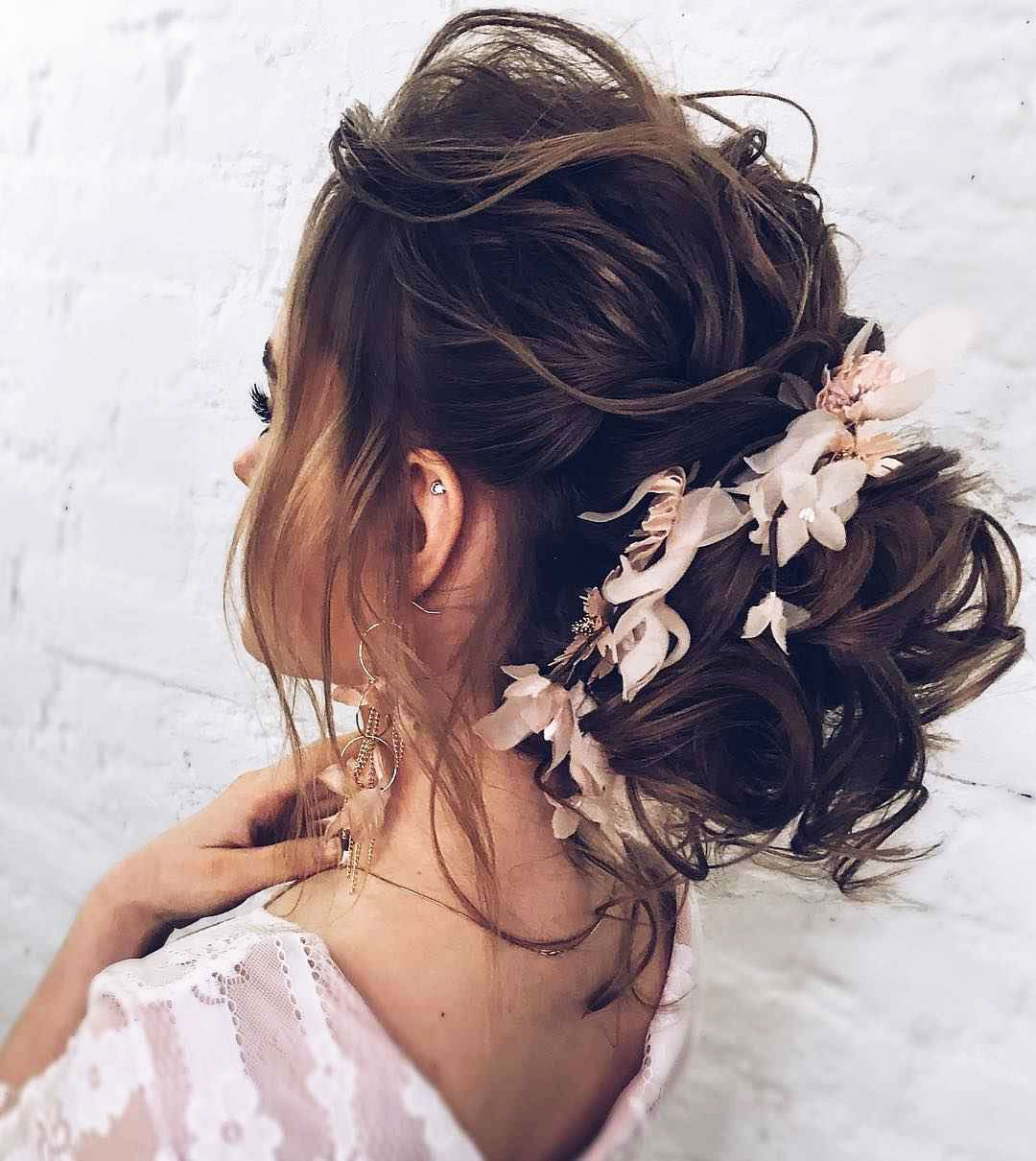 medium hair with flower hair pins