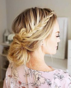 Hairstyles for prom for medium hair 2019-2020 photo 3