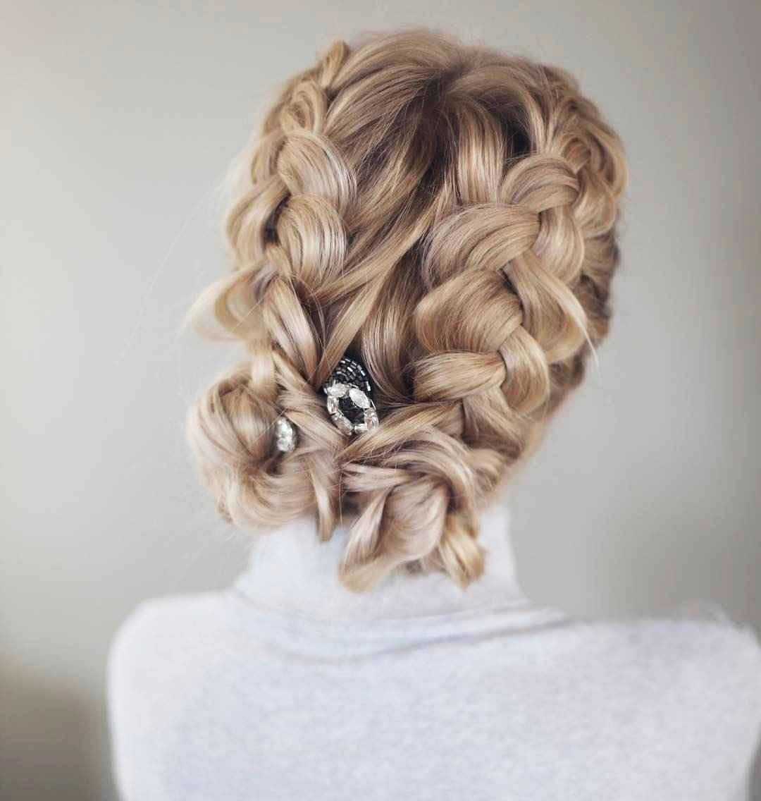Hairstyles for prom for medium hair 2019-2020 photo 5
