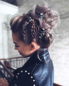 Hairstyles for prom for medium hair 2019-2020 photo 18