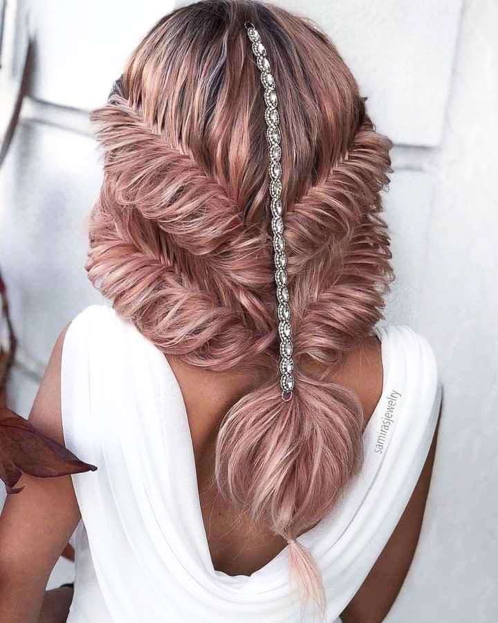 Hairstyles For Prom On Long Hair 2019-2020: Photo 4