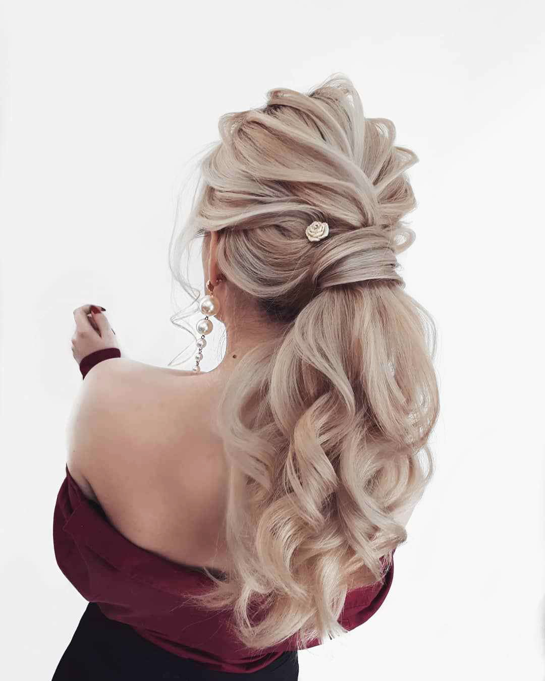 Hairstyles For Prom On Long Hair 2019-2020: Photo 14