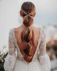 Hairstyles For Prom On Long Hair 2019-2020: Photo 17