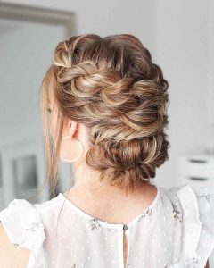 Hairstyles For Prom On Long Hair 2019-2020: Photo 21