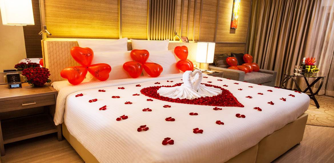 Honeymoon Room Decoration