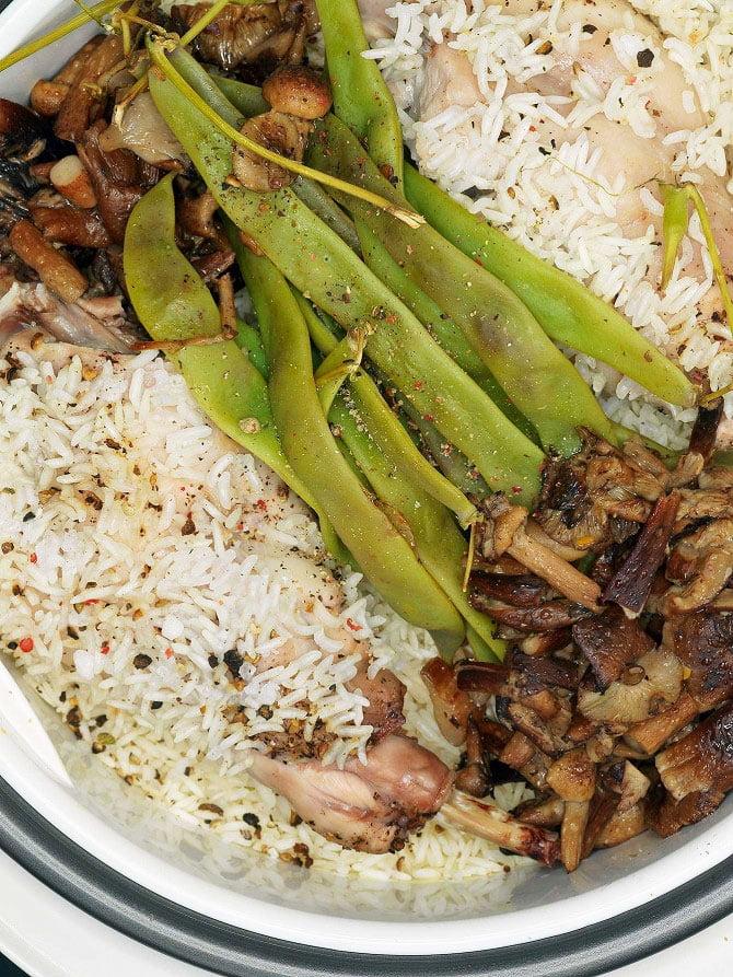 Rabbit with honey mushrooms, basmati rice, and green beans