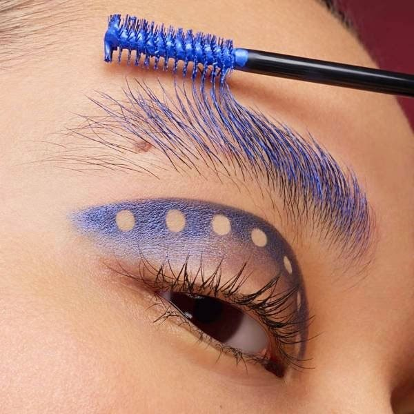 eyebrow blue mascara