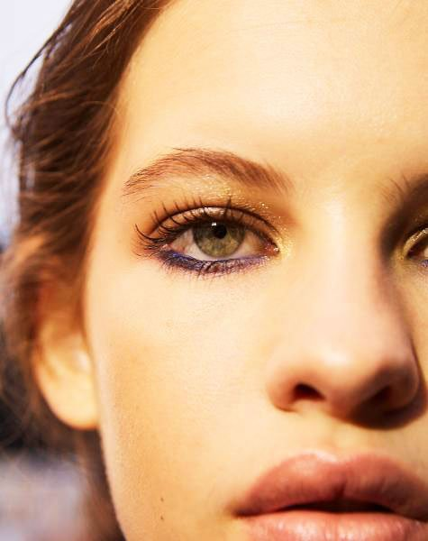 lower eyelid focus