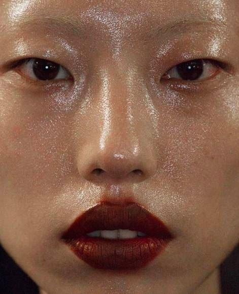 maroon lips and glitter
