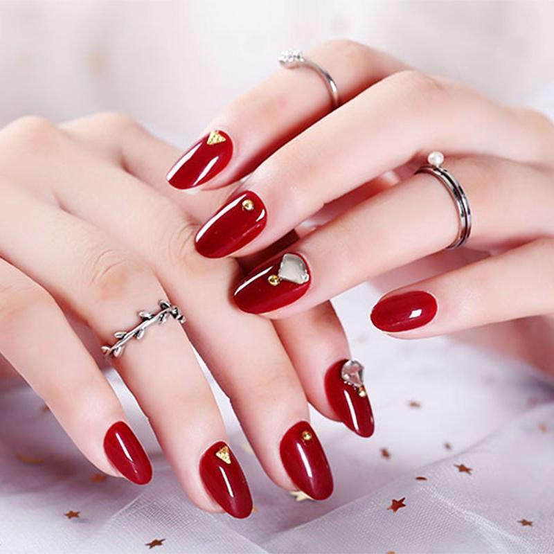 61 Best Wedding Nails For Brides 3