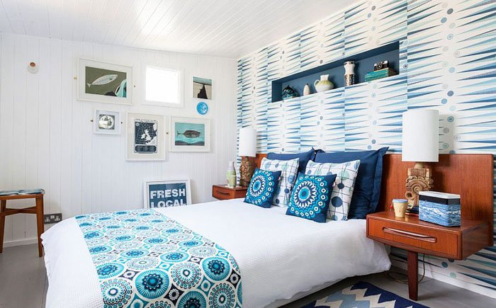 wallpaper-in-the-bedroom-scandinavian-style-turquoise