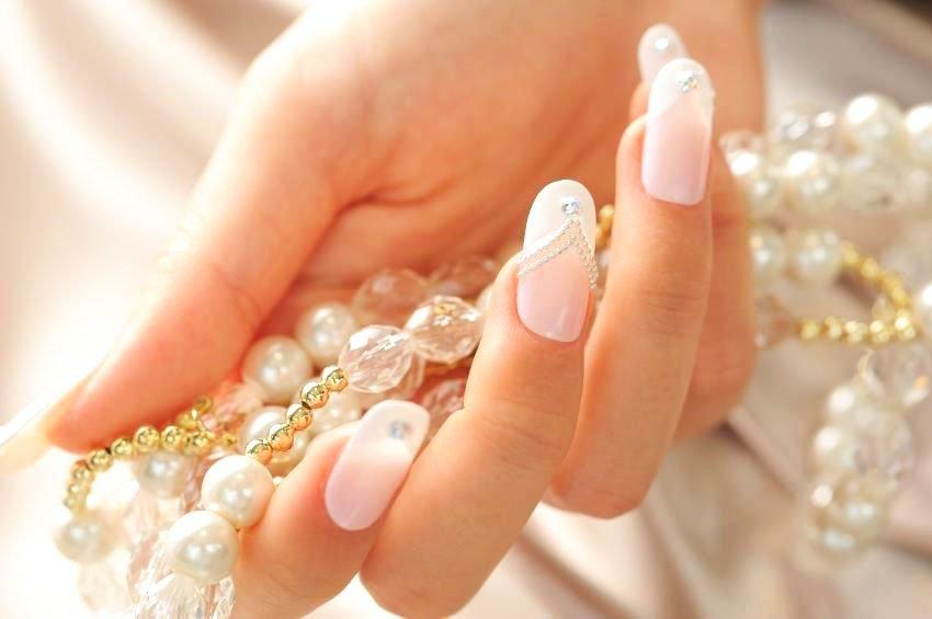 61 Best Wedding Nails For Brides 6