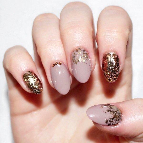 glitter nails designs