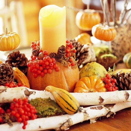A variety of forms of decorative pumpkins serve as a simple decoration of the table-Thanksgiving Decorations For Home