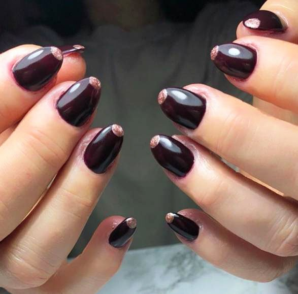 And a drop of shimmer varnish on the tips of nails will look great.