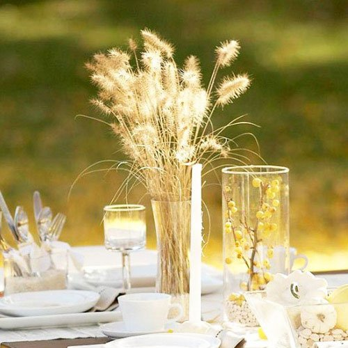 Autumn decor is so simple thanks to the mass of natural material available to everyone - Thanksgiving Decorations For Home