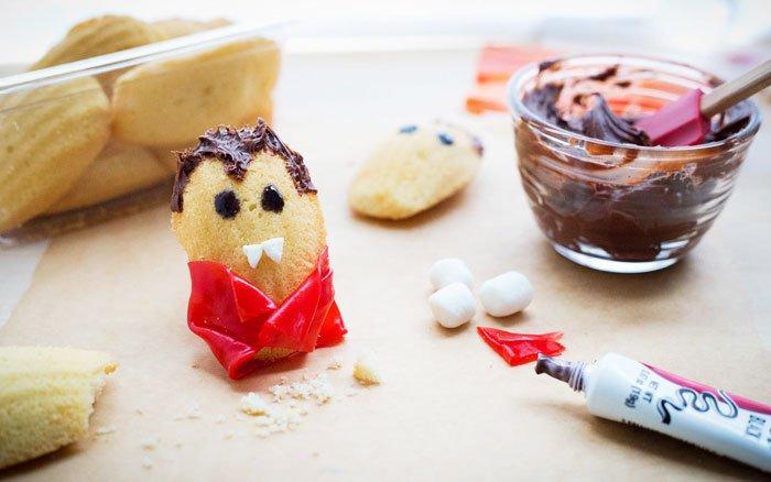Dessert For Halloween: Vampire Cookies