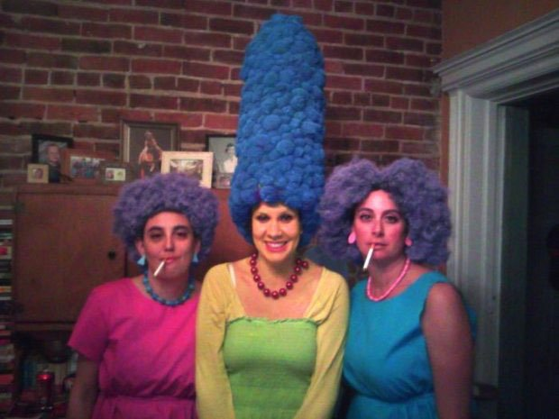 Marge Simpson with her sisters - Halloween image