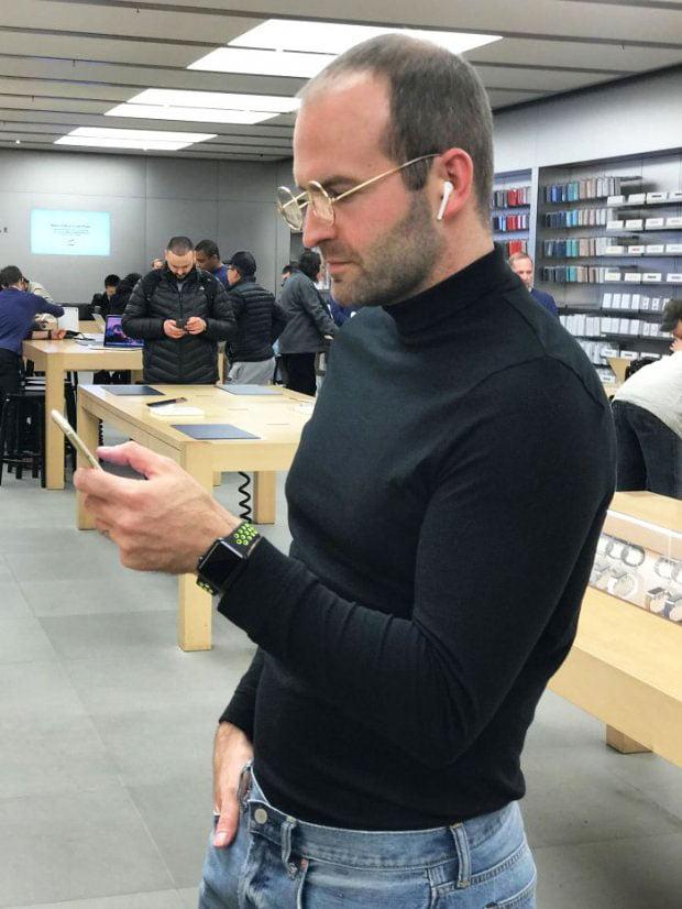 Steve Jobs - a very simple halloween costume
