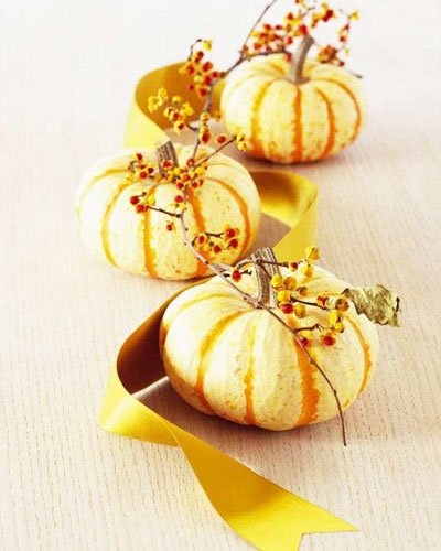 Still, it can be used in many ways - cut figures, paint, small pumpkins can decorate the table, hang garlands, etc.-Thanksgiving Decorations For Home