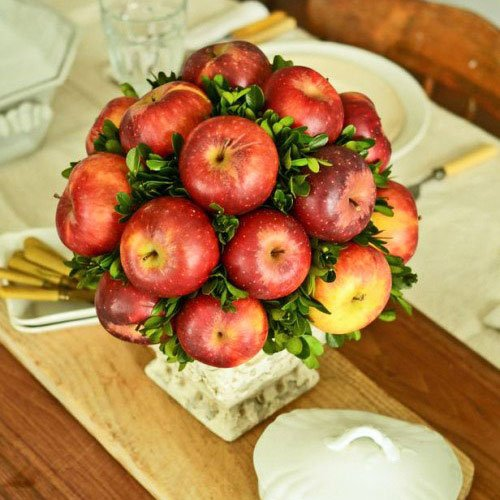 Use fruits and vegetables as a central decoration - Thanksgiving Decorations For Home