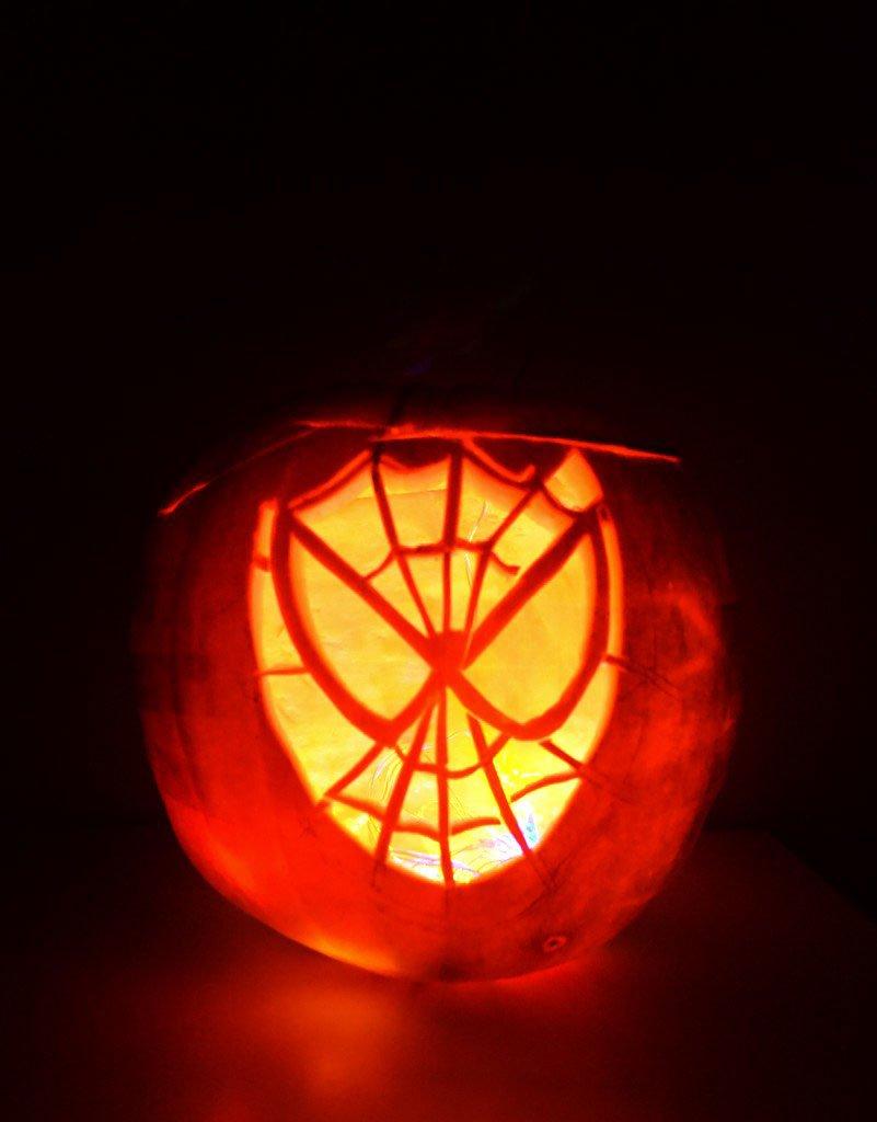 best way to hollow out a pumpkin