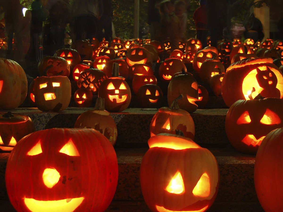 how to carve a pumpkin step by step