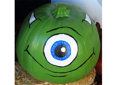 jack o lantern nightmare before christmas - the protein of a huge eye, and then - a pupil, horns, and mouth
