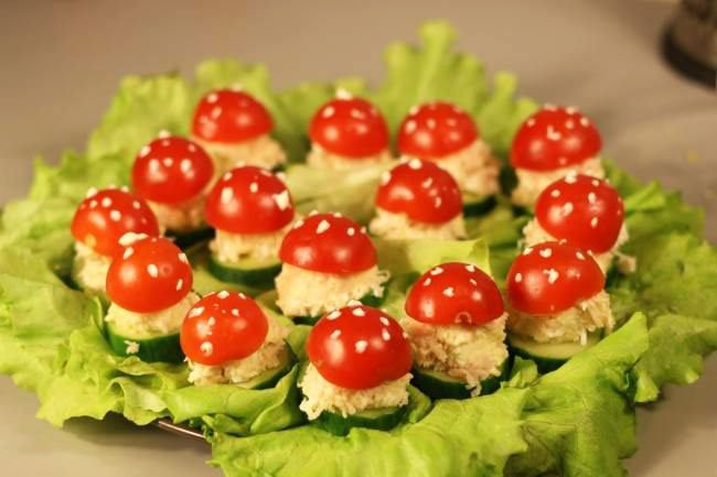 Cucumber Rings With Cheese Smear Snacks For New Year