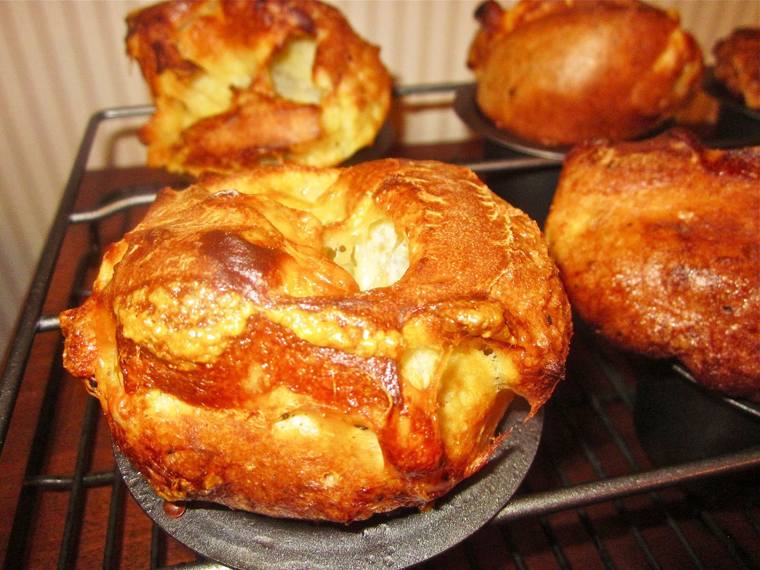 Gruyere Cheese And Black Pepper Popovers -Traditional-Thanksgiving-Side-Dishes