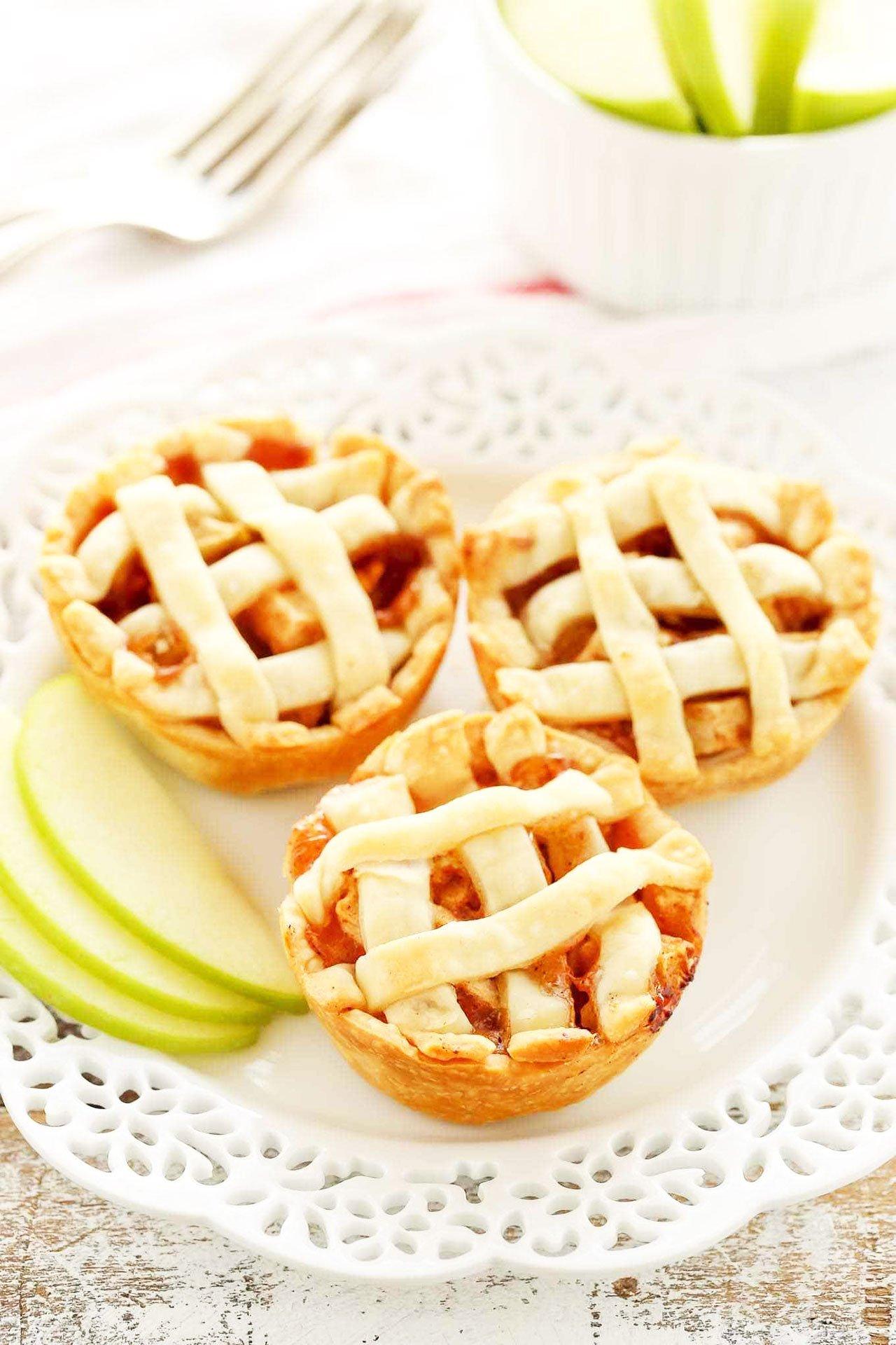 Mini-American-apple-pies