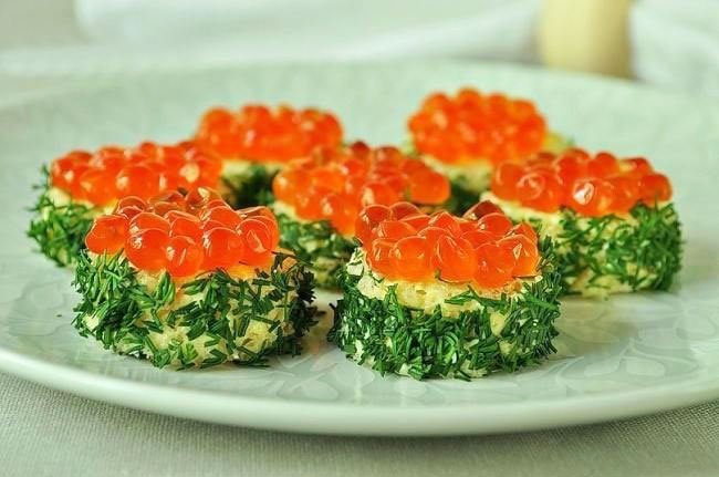 Sandwiches With Caviar Snacks For New Year