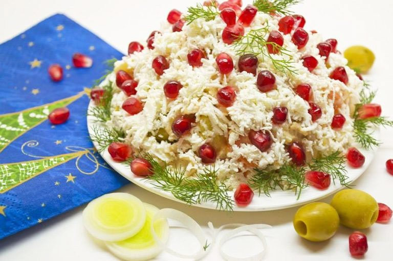 Snack With Chicken, Cheese And Holland Salad Sauce - christmas side salad