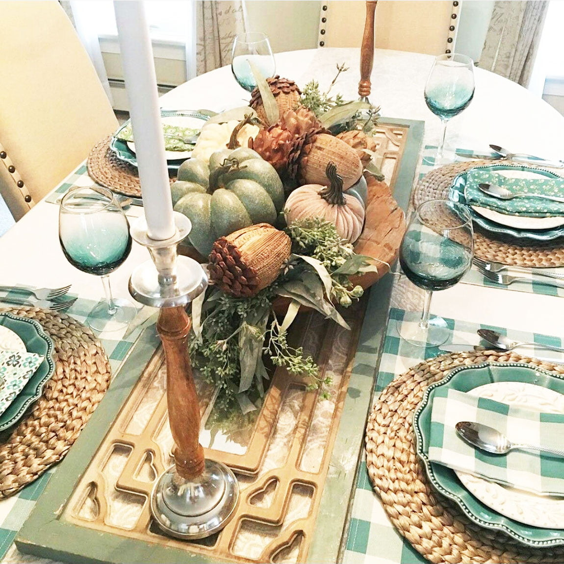 33 Simple DIY Thanksgiving Dinner Table Centerpieces 3