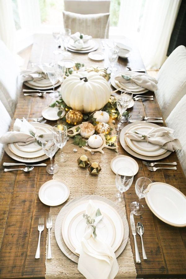 33 Simple DIY Thanksgiving Dinner Table Centerpieces 2