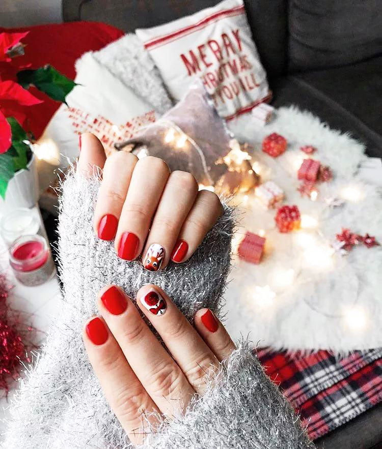 Welcome To The World Of Nail Art - Christmas Nails Ideas