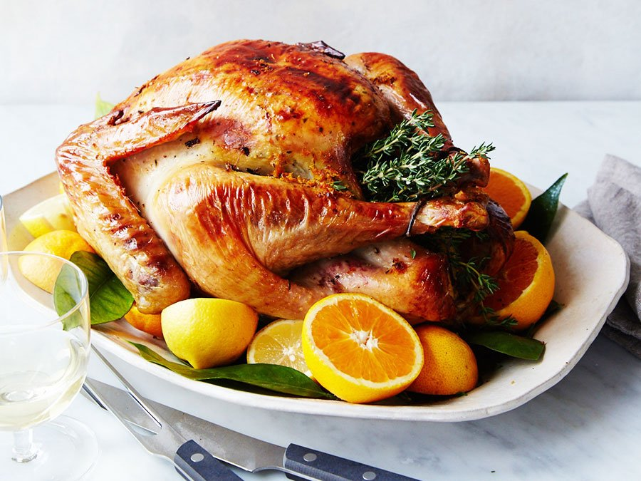 17 Easy Turkey Dishes For Thanksgiving - Best Roasted Turkey 1