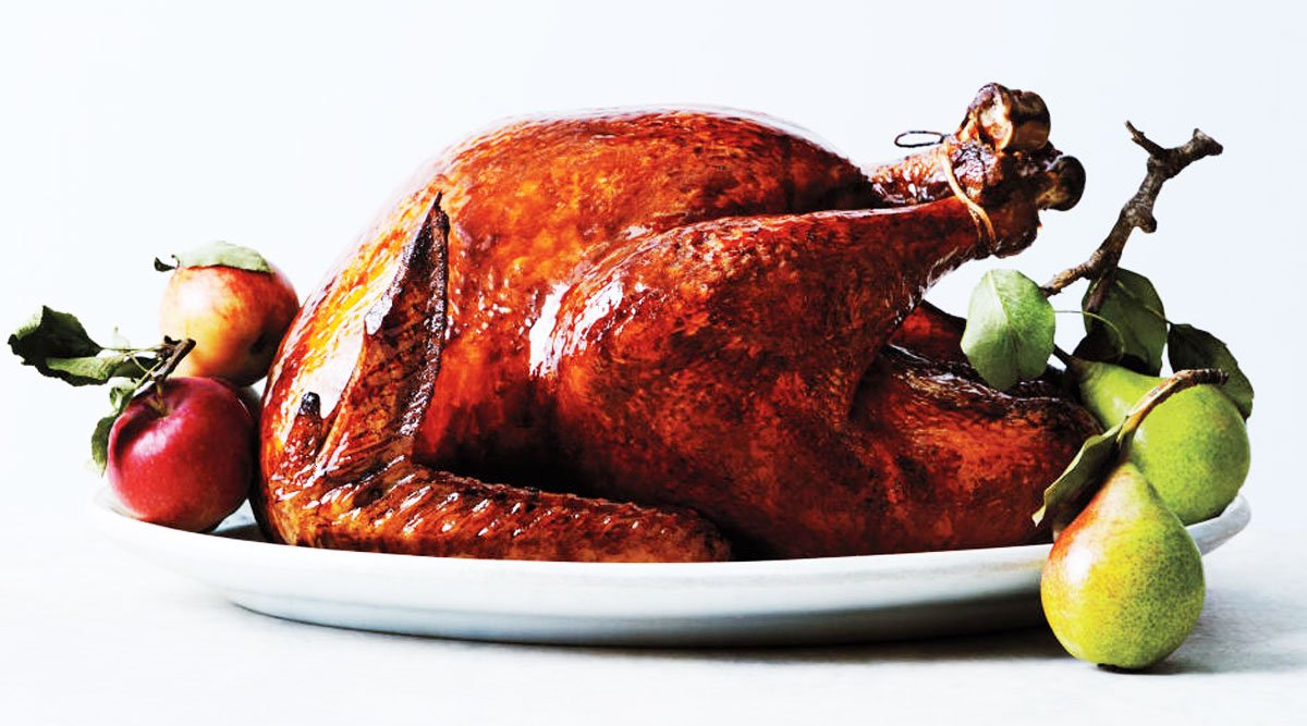 smoked-turkey-few-Traditional-Thanksgiving-Side-Dishes