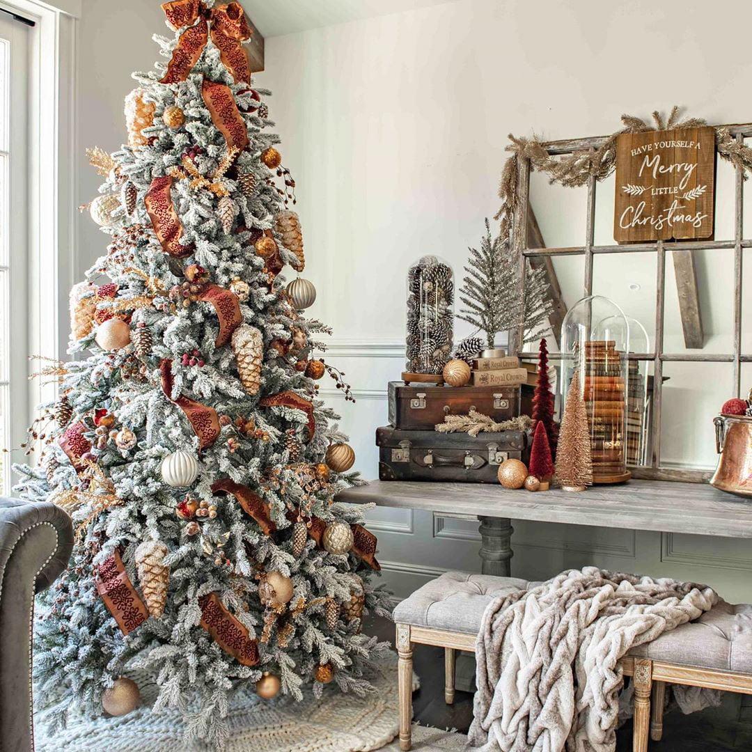 49 Simple Christmas Tree Decorating Ideas 2