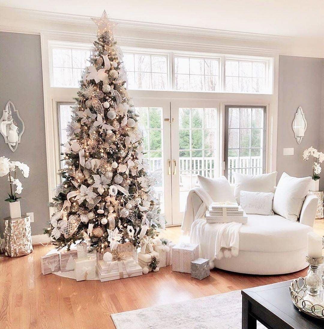 49 Simple Christmas Tree Decorating Ideas 9
