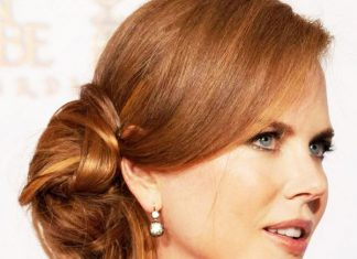 11 Long Hairstyle for Middle Aged Women