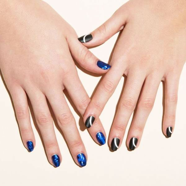 Nails Designs Ideas With Blue Varnish