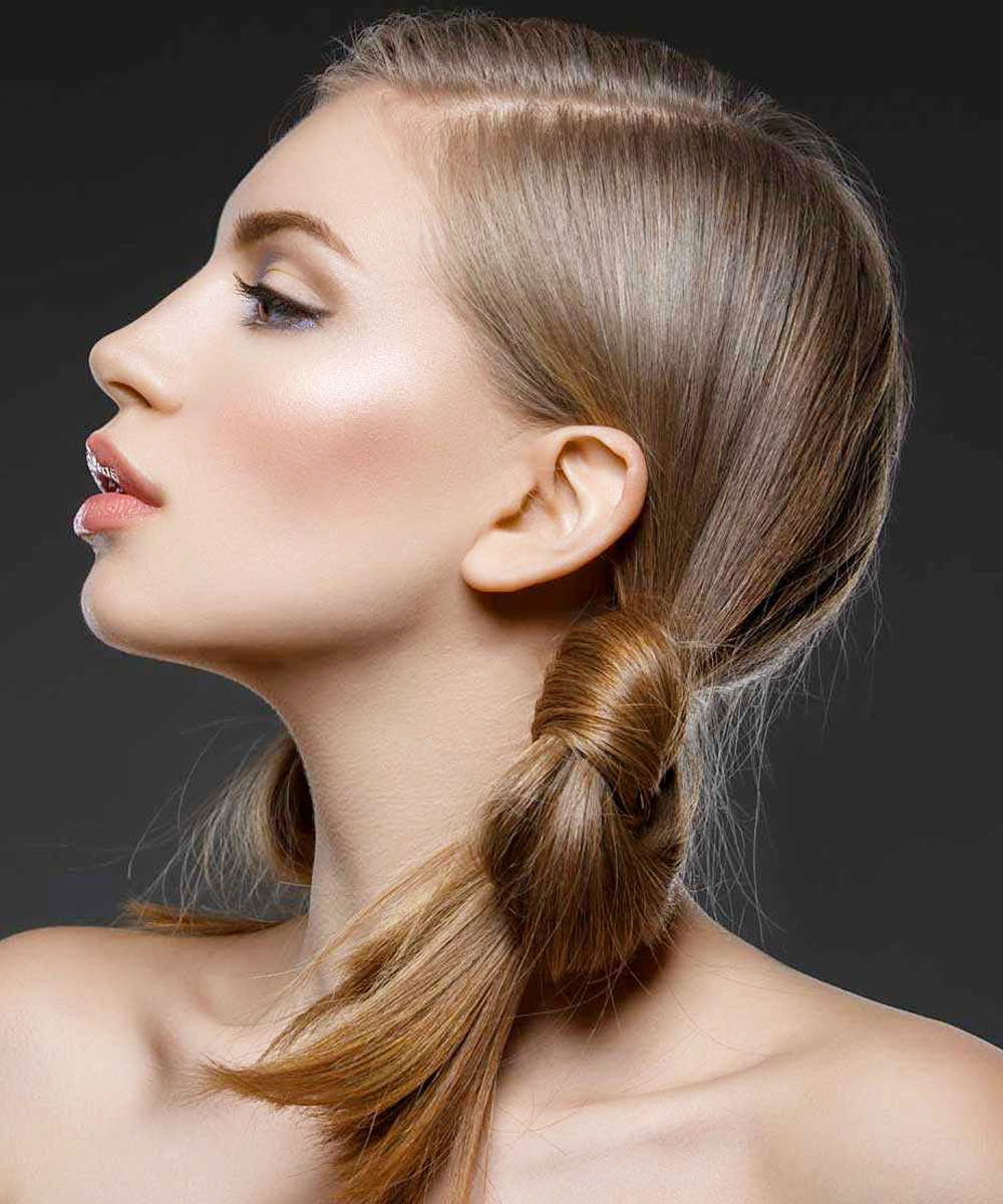 Low tail with side parting - Simple Ponytail Hairstyles For Everyday
