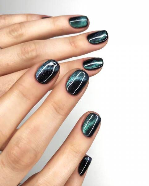 cat eye manicure - Blue Long Nails