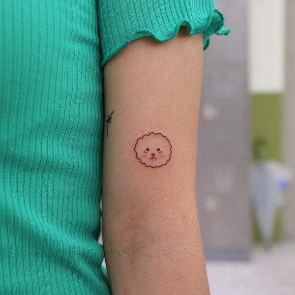 Flowers - 41 Unique Minimalist Tattoos Designs For Women